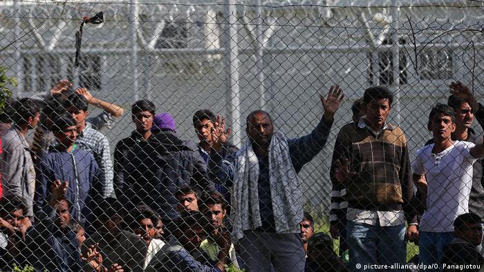 Griechenland Hotspot Flüchtlingscamp Internierung (picture-alliance/dpa/O. Panagiotou)
