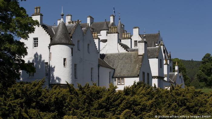 Blair Castle Blair Atholl in der Grafschaft Perth (picture-alliance/Arco Images GmbH)