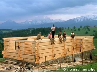 Більшість заробітчан працюють на будівництві.