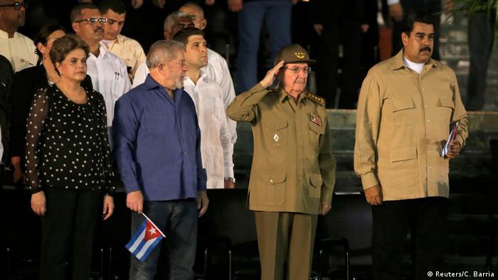 Letzte Ehrung zu Ehren des ehemaligen kubanischen Führers Castro in Santiago de Cuba (Reuters/C. Barria)