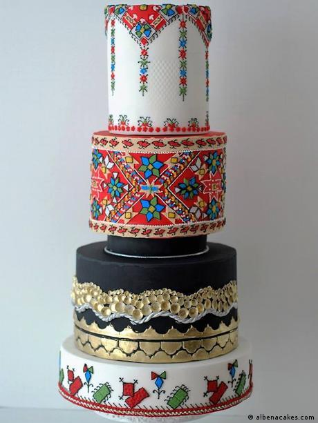 Тортата в цял ръст