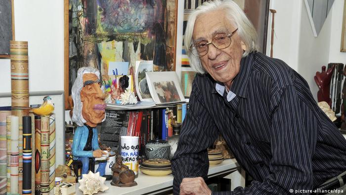 Morre aos 86 anos o poeta Ferreira Gullar