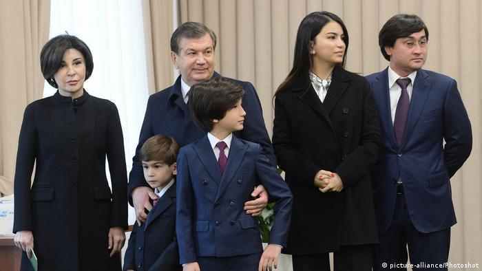 Шавкат Мирзиёев с семьей