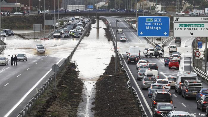 Spanien Überfluttungen in Andaluzien (picture-alliance/dpa/C. Ragel)