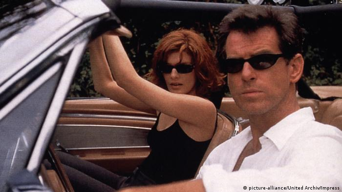 Filmstill The Thomas Crown Affair with Pierce Brosnan (picture-alliance/United Archiv/Impress)
