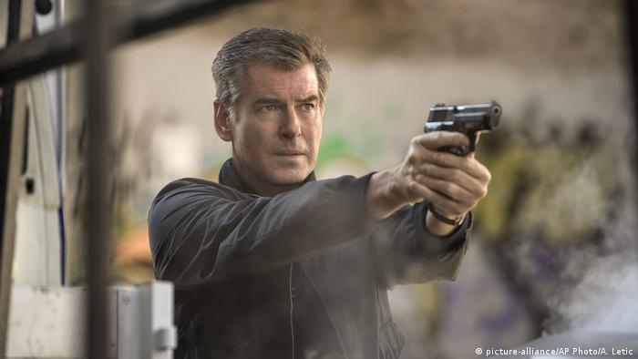 Filmstill The November Man starring Pierce Brosnan (picture-alliance/AP Photo/A. Letic)