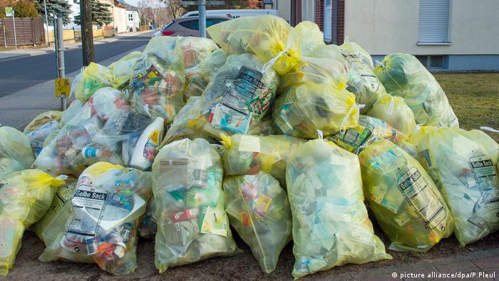 Gelbe Säcke Müll Verpackungen Abfall