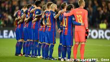 Barcelona's players observe a minute of silence for the victims of an airplane crash one week ago, including members of the Brazilian football club Chapecoense before the UEFA Champions League Group C football match FC Barcelona vs Borussia Moenchengladbach at the Camp Nou stadium in Barcelona, on December 6, 2016. / AFP / LLUIS GENE (Photo credit should read LLUIS GENE/AFP/Getty Images)