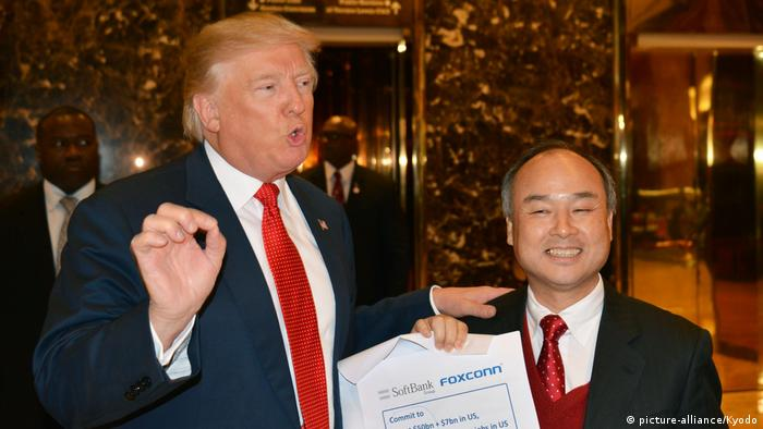 USA Donald Trump und Masayoshi Son (picture-alliance/Kyodo)