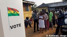 7.12.2016 People wait to vote at a polling station in the stronghold of the opposition leader Nana Akufo-Addo, a former foreign minister, in Kibi, Ghana December 7, 2016.REUTERS/Luc Gnago