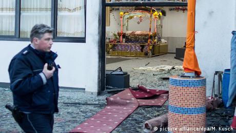 Prozessbeginn nach Anschlag auf Sikh-Gebetshaus in Essen (picture alliance/dpa/M. Kusch)
