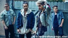 29.10.2016*** HANDOUT - Gustav Schäfer (l-r), Bill Kaulitz, Tom Kaulitz und Georg Listing von Tokio Hotel (undatierte Aufnahme). Die ehemaligen Teenie-Stars planen ein neues Album, der Name wird Dream Machine sein. dpa (zu dpa-Interview Tokio Hotel wollen nicht erwachsen werden vom 29.10.2016) ACHTUNG: Nur zur redaktionellen Verwendung im Zusammenhang mit der aktuellen Berichterstattung und nur bei Urhebernennung Foto: Lado Alexi/dpa +++(c) dpa - Bildfunk+++ |