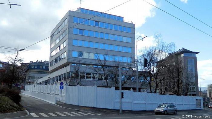 Blick v on der Straße auf den Sitz des Büros der Hohen Repräsentanten (OHR) für Bosnien und Herzegowina in Sarajevo, fotografiert von DW-Korrespondent Samir Huseinovic im Dezember 2016