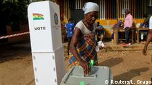 07.12.2016*** A woman casts her ballot at a polling station in stronghold of presidential candidate Nana Akufo-Addo of the opposition New Patriotic Party (NPP) in Kibi, December 7, 2016. REUTERS/Luc Gnago TPX IMAGES OF THE DAY