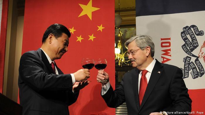 Iowa Besuch Xi Jinping Terry Branstad (picture-alliance/dpa/S. Pope)