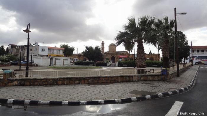 Zypern Stimmungsbild nach der Wiedervereinigung (DW/P. Kouparanis )