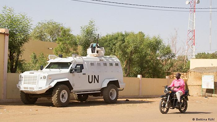 UN-Fahrzeug im Zentrum von Gao Mali