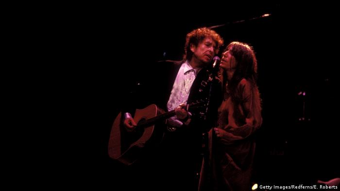 Patti Smith and Bob Dylan (Getty Images/Redferns/E. Roberts)