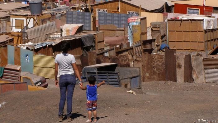 Pressebilder Techo, Nichtregierungsorganisation aus Lateinamerika (Techo.org)