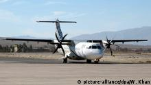 Pakistan International Airlines ATR 42 (picture-alliance/dpa/W. Khan)