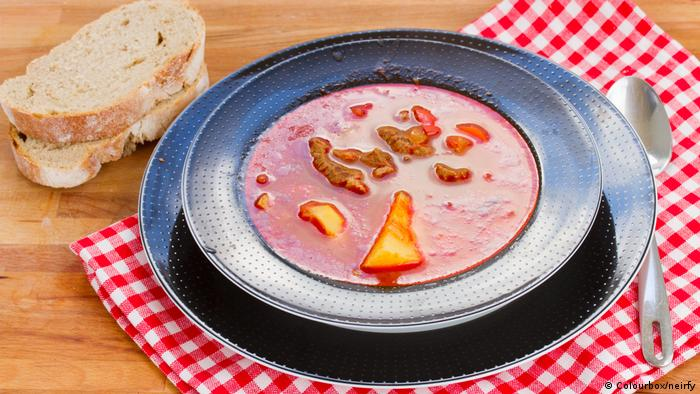 Goulash soup (Colourbox/neirfy)