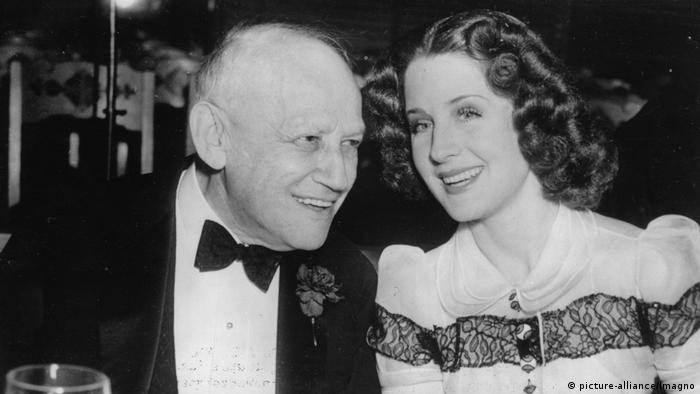 Carl Laemmle und Norma Shearer (picture-alliance/Imagno)