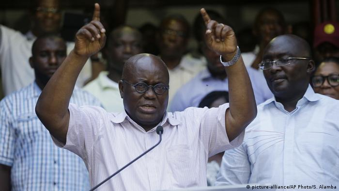 Ghana oppositioneller Kandidat Nana Akufo-Addo (picture-alliance/AP Photo/S. Alamba)