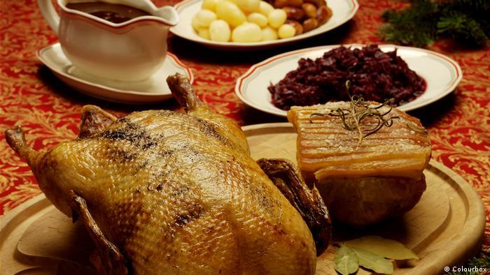 Weihnachtsessen Deutschland Tradition.Was In Deutschland Weihnachten Auf Den Tisch Kommt Online Deutsch