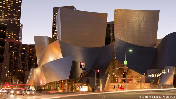 Disney Concert Hall in Los Angeles (picture-alliance/Photoshot)