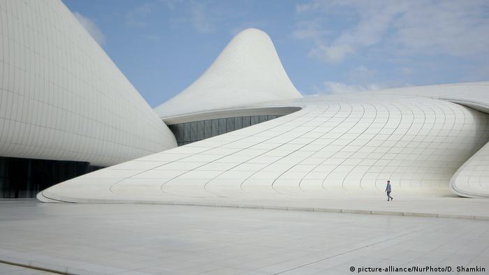 Культурний центр імені Гейдара Алієва, Азербайджан