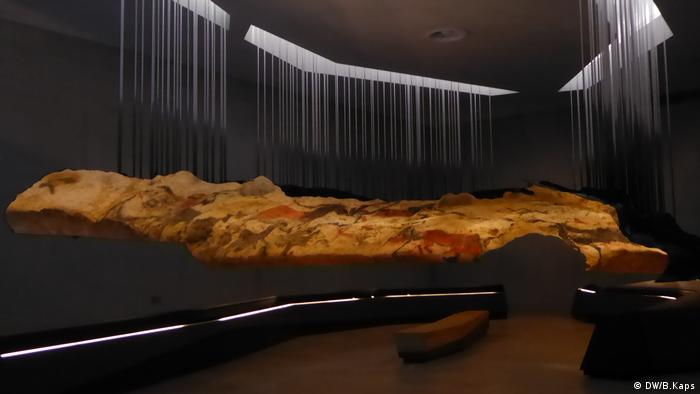 nachgebaute höhle in frankreich