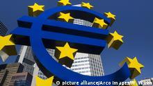 Eurozeichen, Frankfurt am Main, Hessen, Deutschland   Verwendung weltweit