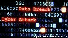 ***Symbolbild Cyber Security***©PHOTOPQR/L'EST REPUBLICAIN/Alexandre MARCHI. ; SECURITE INFORMATIQUE - CYBER SECURITY - CYBER ATTACK - CYBERATTAQUE - CYBER ATTAQUE - HACKER - HACKEUR - HACKING - ORDINATEUR - VIRUS - CRACKER - GEEK - HACK - HACKTIVISME - PIRATE INFORMATIQUE. Nancy 10 octobre 2016. Illustration sur le hacker, system failure. |