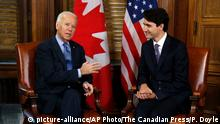 Kanada Justin Trudeau und Joe Biden in Otawa (picture-alliance/AP Photo/The Canadian Press/P. Doyle)
