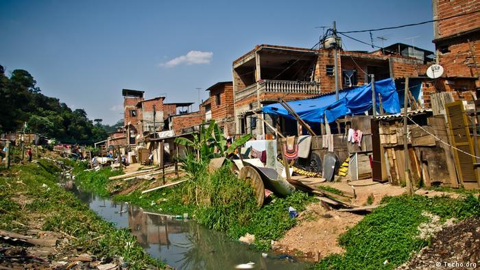Más de 104 millones de personas viven en asentamientos informales en zonas urbanas en América Latina.