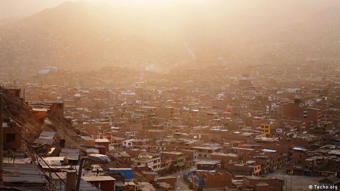 Peru Marginalsiedlung (Techo.org)