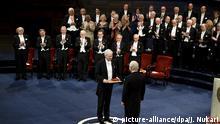 10.12.2016+++Stockholm, Schweden+++ Finnish Professor Bengt Holmström received the 2016 Sveriges Riksbank Prize in Economic Sciences in Memory of Alfred Nobel from King Carl XVI Gustaf of Sweden during the 2016 Nobel Prize Award ceremonies in Stockholm, Sweden on Saturday, 10th Dec. 2016. LEHTIKUVA / JUSSI NUKARI - FINLAND OUT. NO THIRD PARTY SALES. |