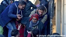 Syrien Zivilisten verlassen den Osten von Aleppo
