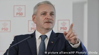 Rumänien Parlamentswahl - Liviu Dragnea (picture alliance/AP Photo/V. Ghirda)