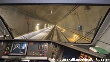 SBB Zug im Gotthard-Tunnel Cockpit Blick
