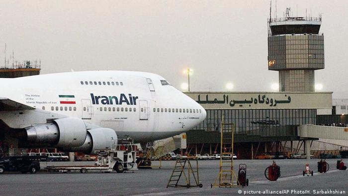 Iran-Air kauft 80 Boeing Flugzeuge (picture-alliance/AP Photo/H. Sarbakhshian)
