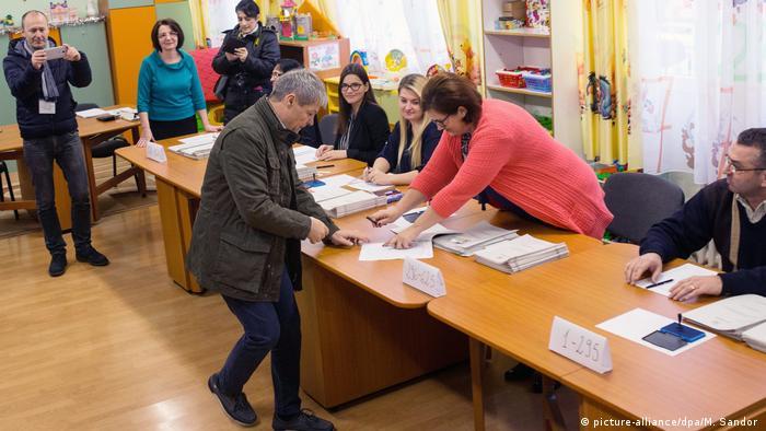 Rumänien Parlamentswahlen- Premierminister Dacian Ciolos