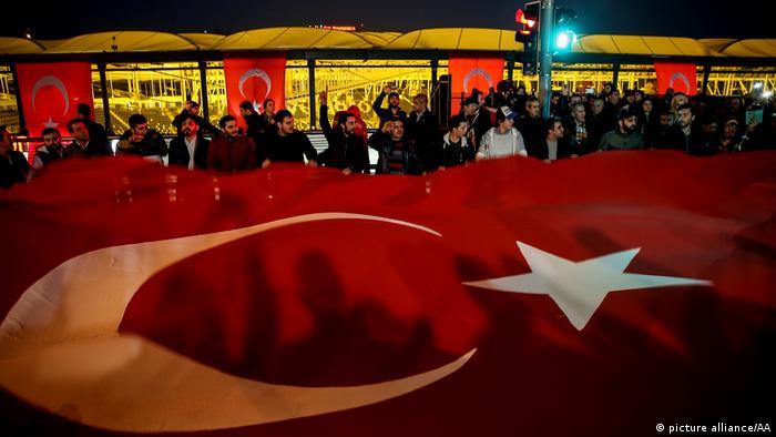 Türkei Reaktionen nach dem Anschlag in Istanbul - Demonstration