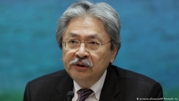 Hong Kong Wahlen John Tsang Kandidat (picture-alliance/AP Photo/V. Yu)
