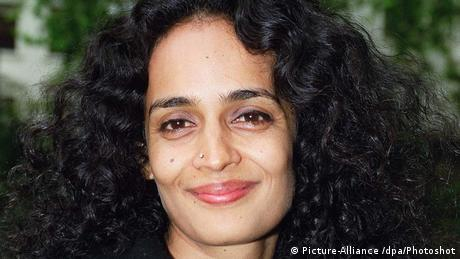 Arundhati Roy Indian Writer Her book The God of Small Things is... (Picture-Alliance /dpa/Photoshot)