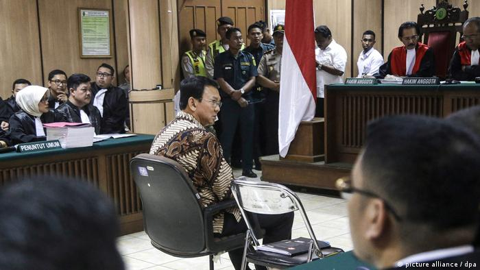 Blashpemy trial of Jakarta's Governor Ahok (picture alliance / dpa)