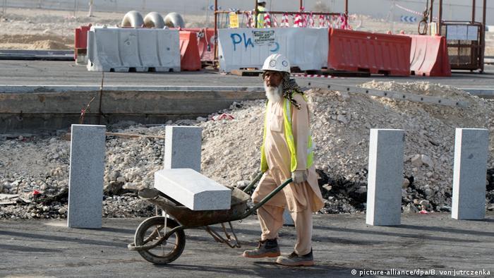 Worker in Qatar, 2015