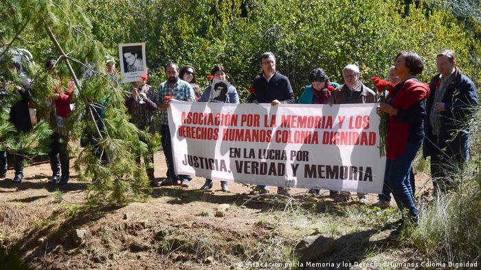 Ceremonia en homenaje a las víctimas de la represión política en Colonia Dignidad, en septiembre de 2015.