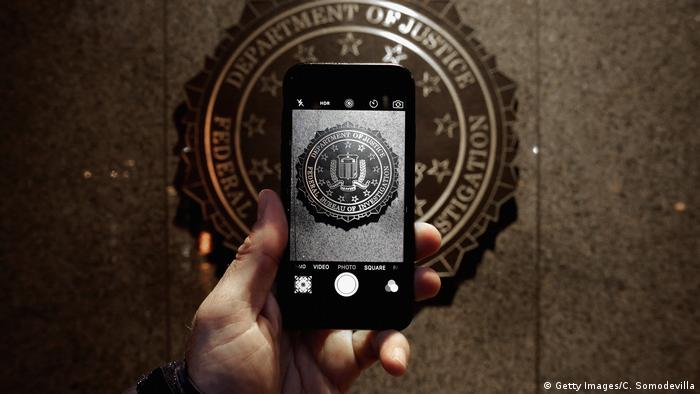 USA Apple Protest vor FBI Hauptquartier in Washington (Getty Images/C. Somodevilla)
