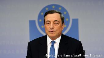 EZB Mario Dragi Leitzins bleibt auf Rekordtief